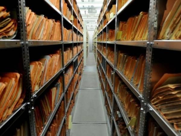 (videó) Célszoftver rakja össze a széttépett Stasi-dokumentumokat