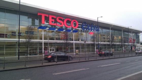 Kiszállt a Tesco a hazai mobilpiacról - fókusz
