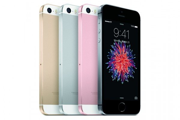 Hivatalos az apró és bivalyrős Apple iPhone SE