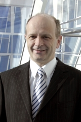 Bernd Hanstein mérnök- és termékmenedzsment igazgató, Rittal Herborn